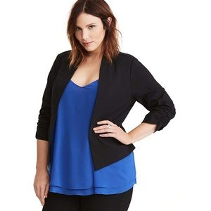 Torrid stretch ruched sleeved black blazer